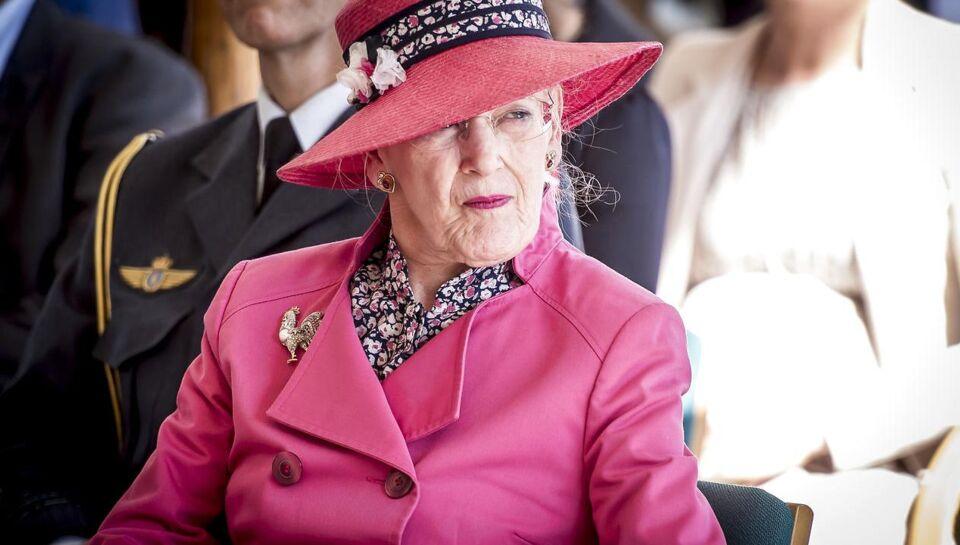 Torsdag middag var det planen, at dronning Margrethe skulle tage
