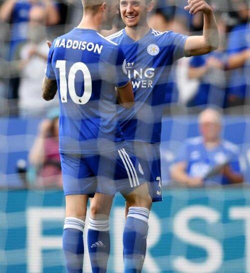 Beskriv: Leicester vandt med 2-0 over oprykkerne fra Wolves. I