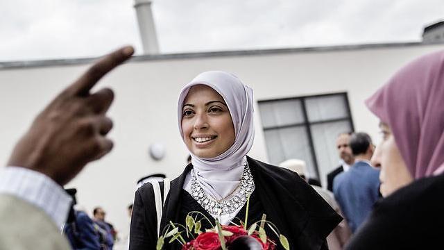 Den kendte muslimske samfundsdebattør og socialrådgiver Asmaa Abdol-Hamid er en