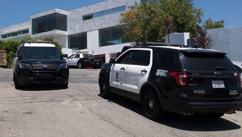 Californien USA: Mand slår mindst fire mennesker ihjel