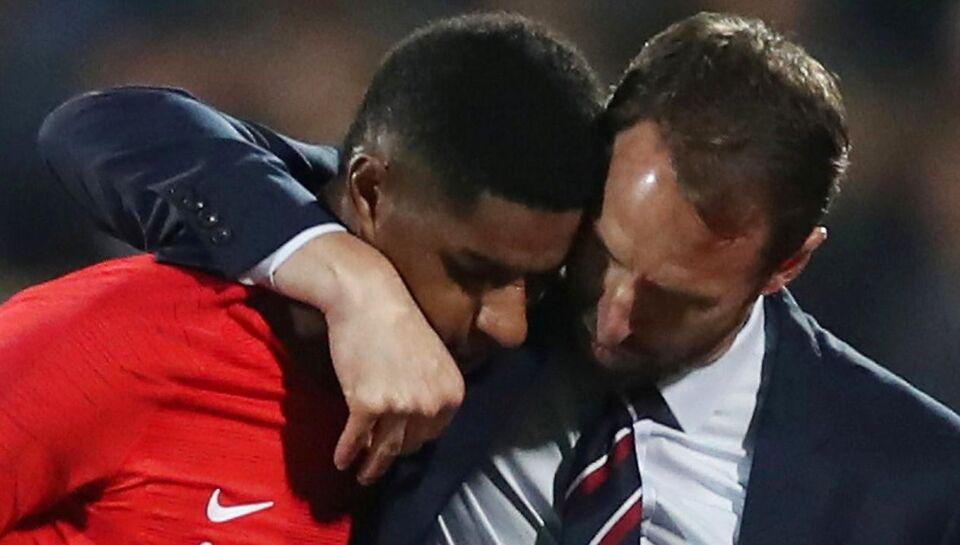 Skandaløse scener: Engelske fodboldstjerner raser over racistiske bulgarere