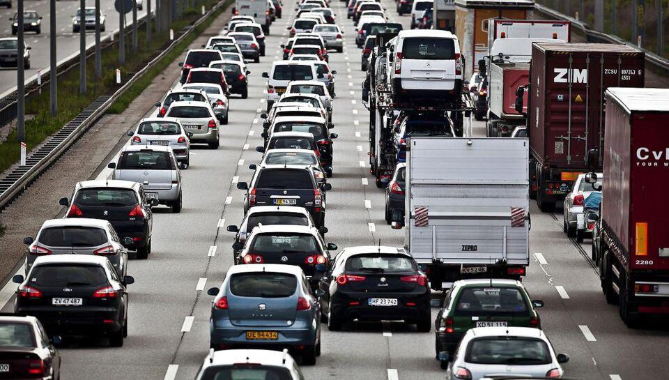 Advarer: Kø på travl strækning i en uge