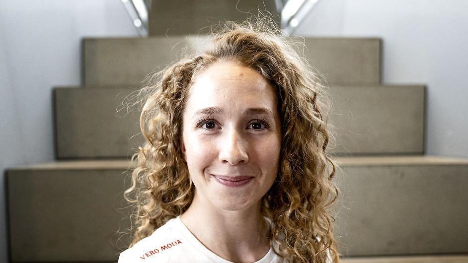Cecilie Uttrup: `Som om folk tror, vores livmoder falder...