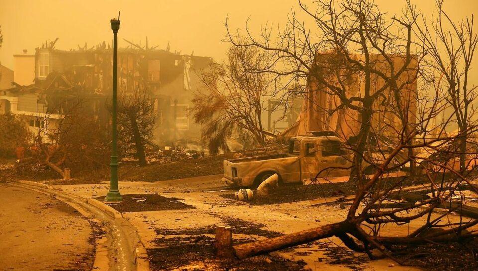 Voldsomme brande hærger berømt vindistrikt
