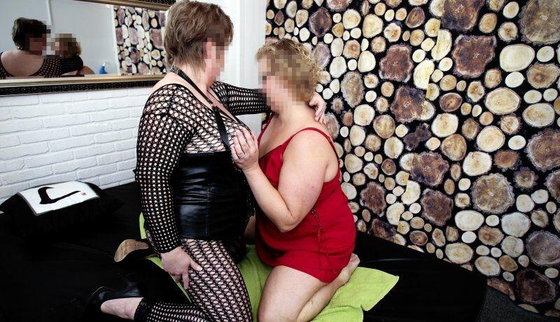 swingerklub randers olie massage københavn sex historie